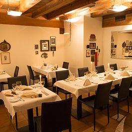 Das gemütlich-rustikale Restaurant, auch für Gruppen geeignet