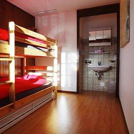 """Chambre sextuple/Sechsbettzimmer """"Petit-Combin"""" 1"""