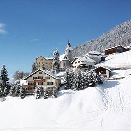 Davos Wiesen Winter