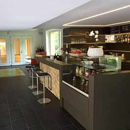 Bar und Gourmeothek