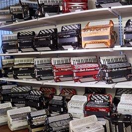 Très grand choix d'accordéons !