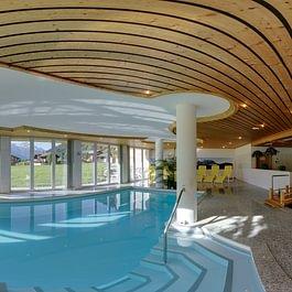 Wellness Schwimmbad