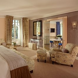 Ambassador Suite (bedroom) - Le Richemond