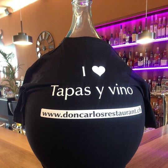 Tapas y vino - Häppchen und Wein