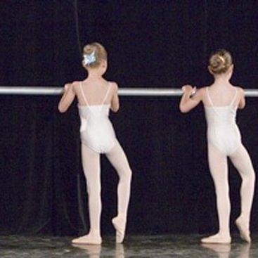 AS Ballett GmbH