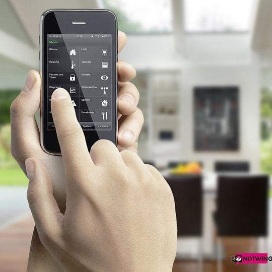 Haussteuerung bedienbar über Smartphone App