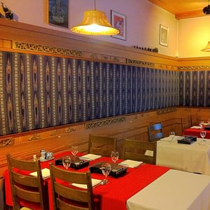 Jeffery' s Thai Restaurant Erawan