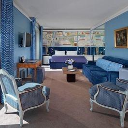 Royale Armleder Suite (bedroom) - Le Richemond