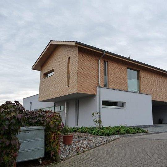 Modernes Holzhaus, Holzbauwerk AG Ittigen