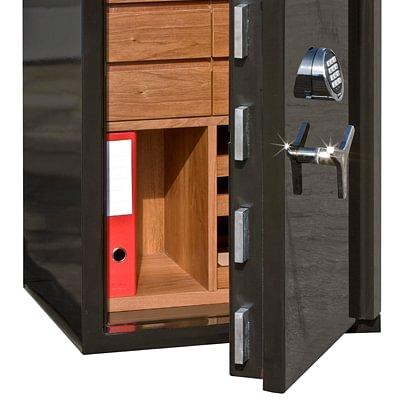 Luxustresor mit Holzeinrichtung