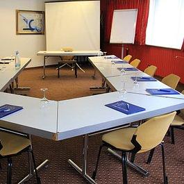"""Salle de conférence """"Bourg-Bâtiaz"""""""