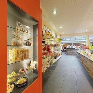Carouge espace boulangerie-pâtisserie