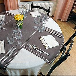 Notre table ronde au restaurant