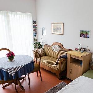 Schöne und helle Einzelzimmer