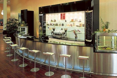 Bar-Einrichtungen