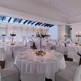 Paul Klee (wedding setup) - Le Richemond