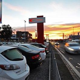 Auto Schiess - Das Autohaus hat sich insbesondere auf Direktimpore spezialisiert. Auto Schiess gewährleistet seinen Kunden eine Tiefstpreisgarantie.