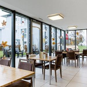 Öffentliches Café