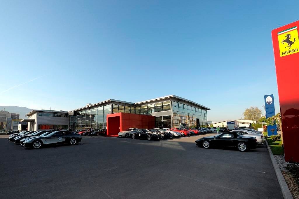 Modena cars sa plan les ouates adresse horaires d for Garage dacia plan les ouates