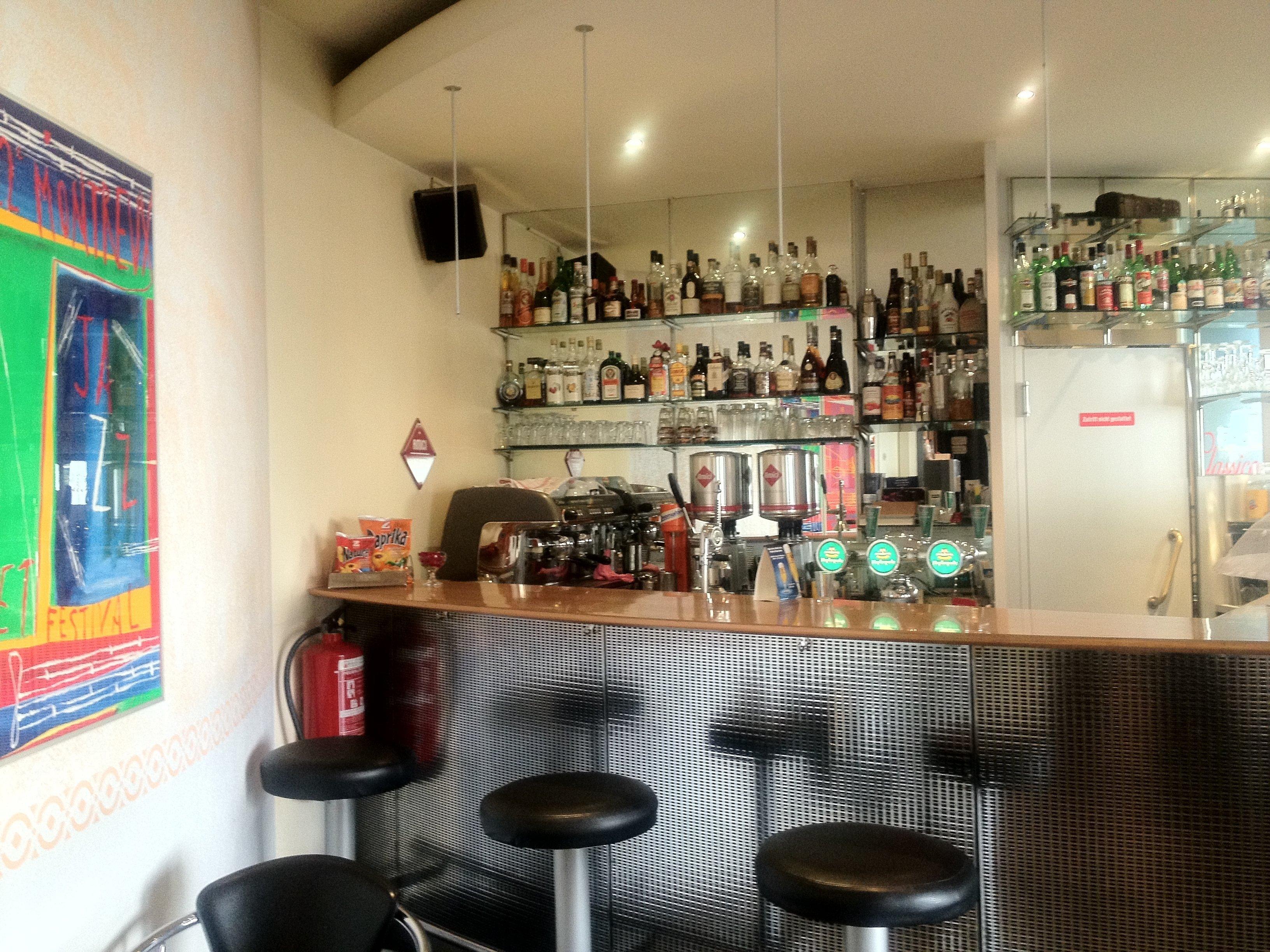 Cafe-Bar Classico in Basel - Adresse & Öffnungszeiten auf local.ch ...