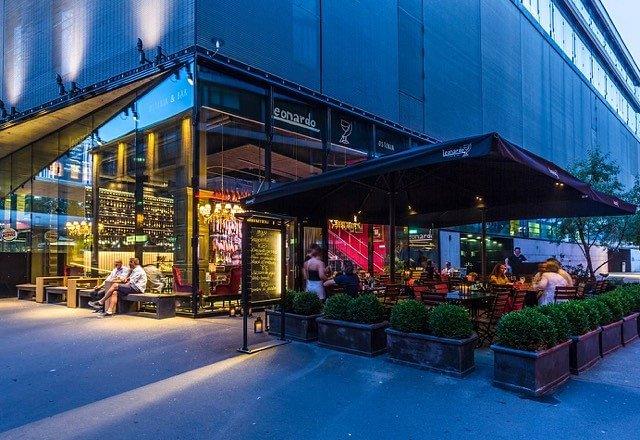 Osteria bar leonardo in z rich view address opening for Seafood bar zurich