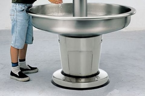 Fontaine circulaire boisson/lavage