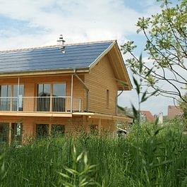 Photovoltaik- + thermische Solaranlage Altwis