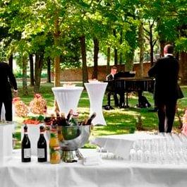 Réception dans les jardins