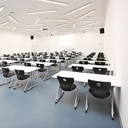 Feusi Bildungszentrum Standort Bern-Wankdorf - Aula