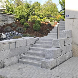 Treppen- und Mauerbau