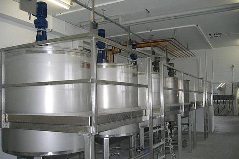 Edelstahl-Komponenten für Farben- und Lackfabriken