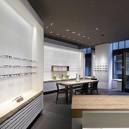 Augenoptikergeschäft Sicht zum Eingang