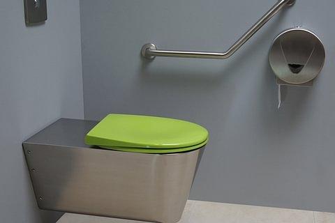 WC inox suspendu pour PMR