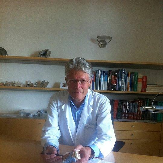 Prof. Dr. med. Schmid Stephan