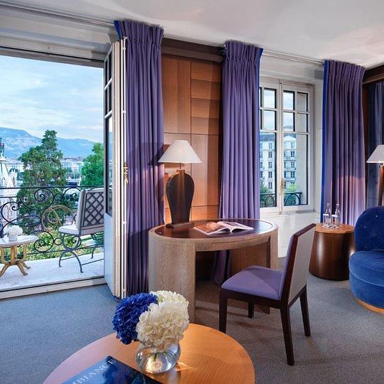 Lake View Junior Suite - Le Richemond