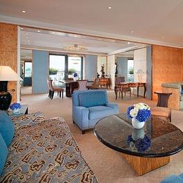 Royale Armleder Suite (salon) - Le Richemond