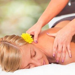 Diverse medizinische Massagen