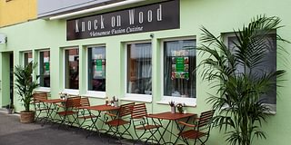 Restaurant Knock on Wood - Vietnamese Fusion Cuisine