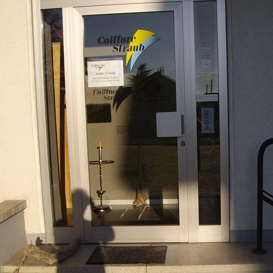 Eingang Coiffure Straub