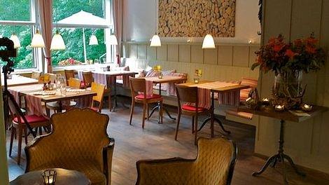 degenried restaurant wirtschaft in z rich. Black Bedroom Furniture Sets. Home Design Ideas