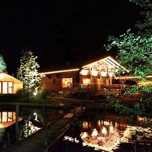 Jurten-EventPavillon mit Terrassendeck