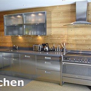 Küche in Edelstahl