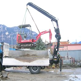 Camion 18t grue 9t, transport de machines