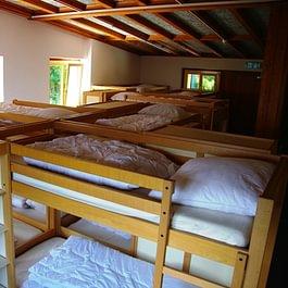 Grand dortoir à 16 places
