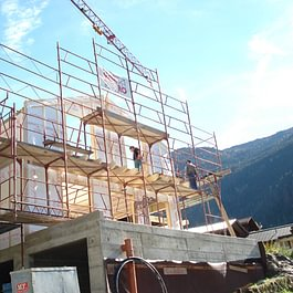 construction à Lourtier