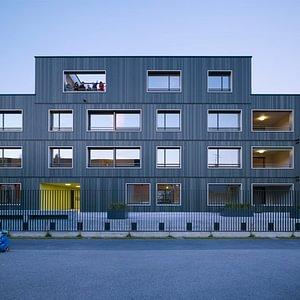 Referenz: Mehrfamilienhaus «swisswoodhouse»
