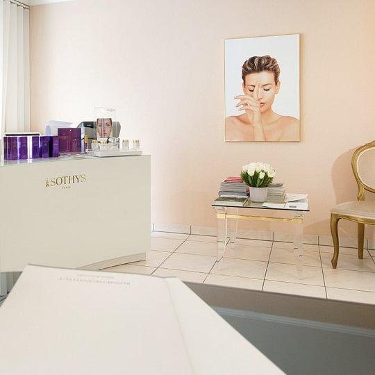 Kosmetik-Institut Brezonjic