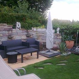 Referenz/Gartenmauer Betonsteine