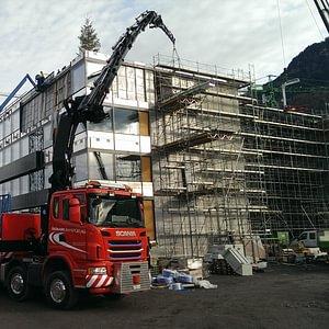 Kranfahrzeuge - LKW-Kran 95 m/t bis 41 m Ausladung