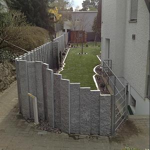 Neue Gartenanlage mit Sichtschutz